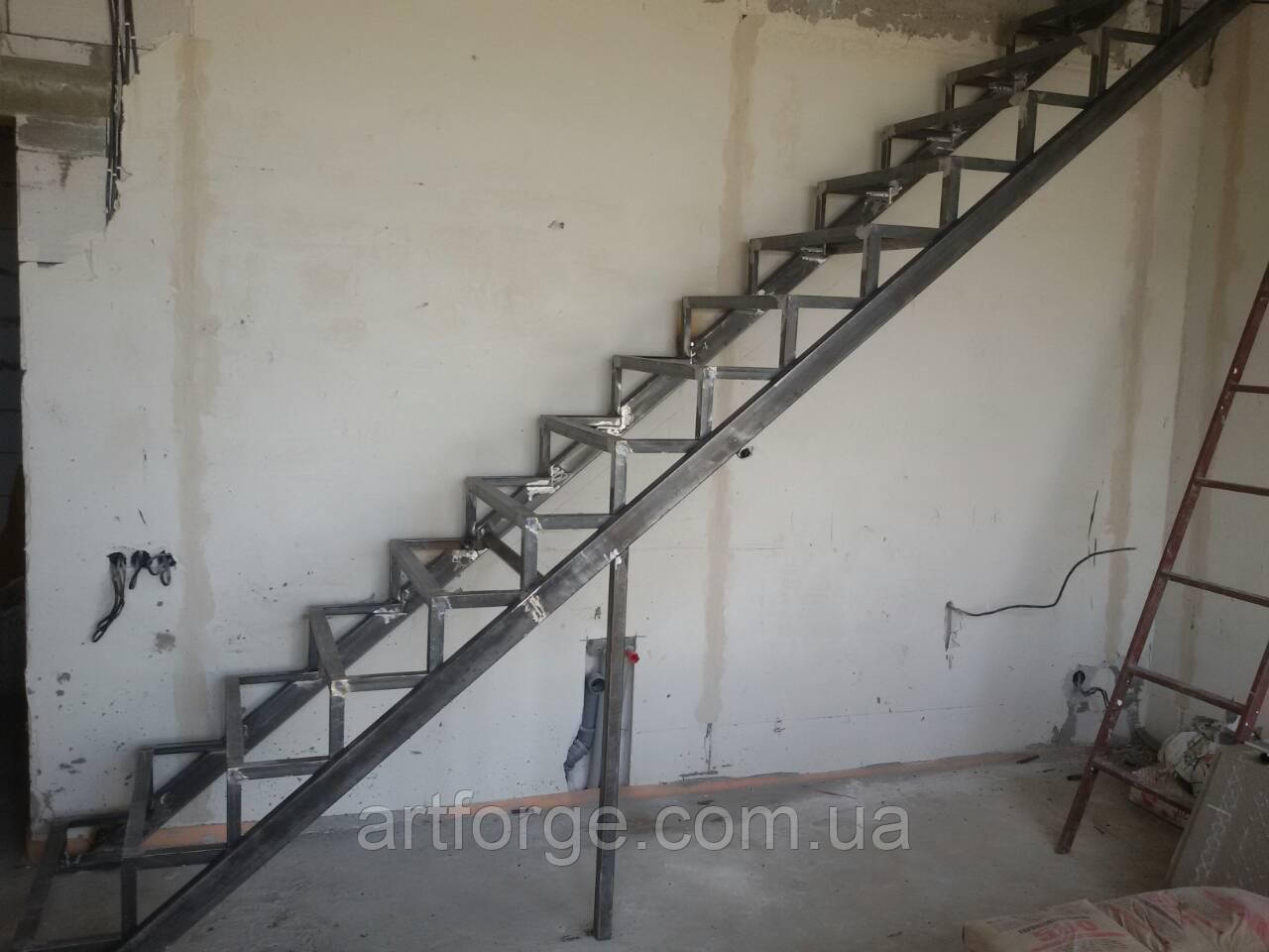 Каркас лестницы - прямой с площадкой