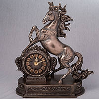 Каминные часы Veronese Лошадь 32 см 76235A4