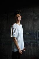 Мужская футболка Adidas.белая с серым