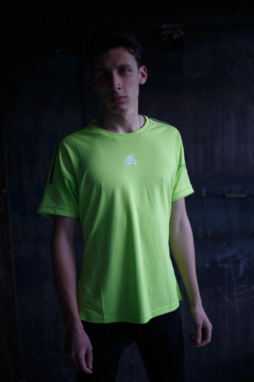 Мужская футболка Adidas Clima Cool.Салатовая