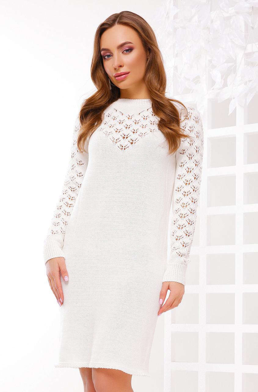 Стильне сукню виконано з якісної пряжі