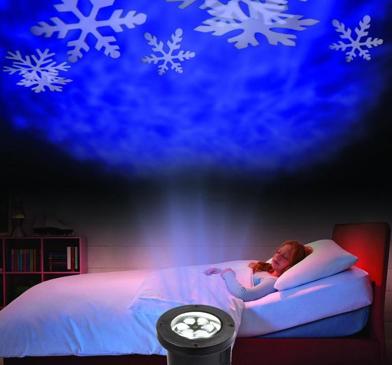 Светодиодный уличный проектор Ecolend 37 2 синие снежинки