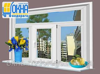 Металлопластиковые оконные блоки Steko R600 трехстворчатое окно с фрамугой одна створка открывания