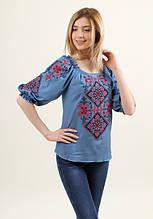 Нарядная женская блуза с этническим орнаментом