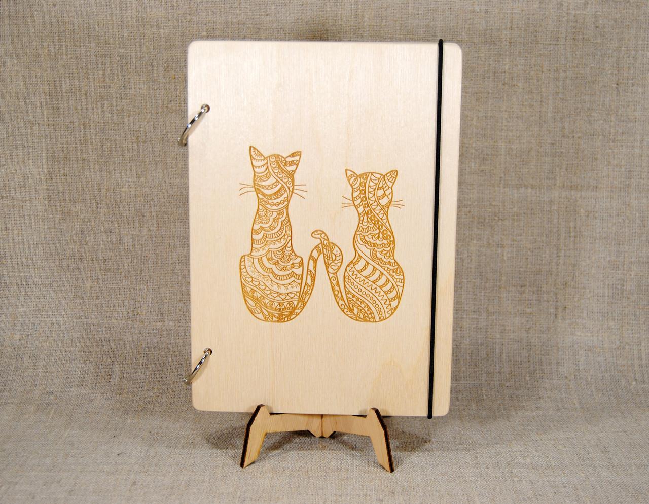 Скетчбук A5. Блокнот с деревянной обложкой Кошки