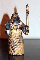 Фігурка з факелом. Статутетка. Різьба по дереву
