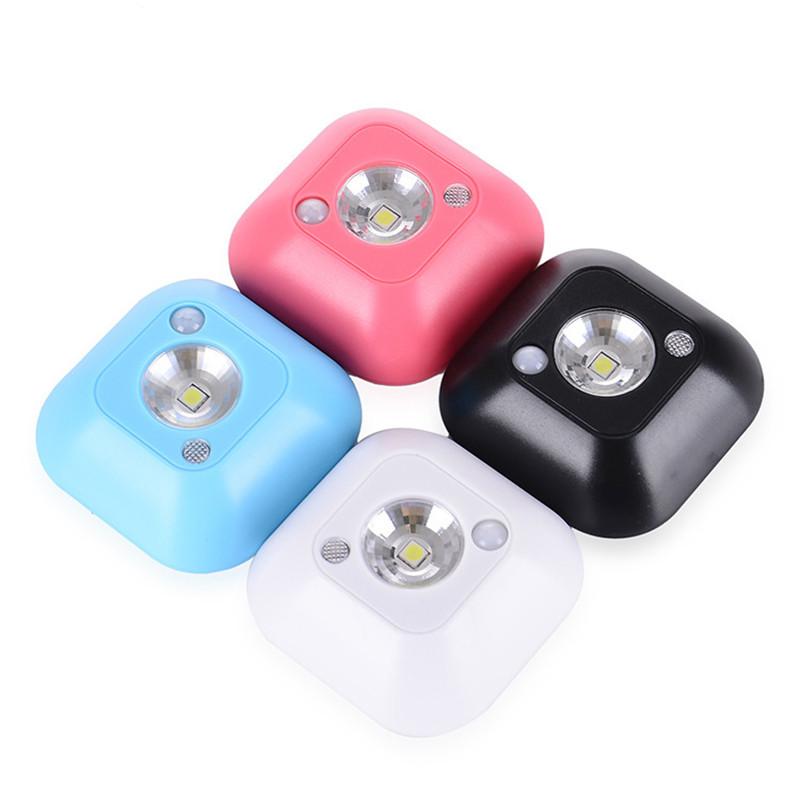 Светильник ночник светодиодный с датчиком движения