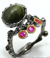 """Оригинальный перстень """"Кошкин глаз """" со скаполитом и рубинами  , размер 17,6 от студии LadyStyle.Biz"""