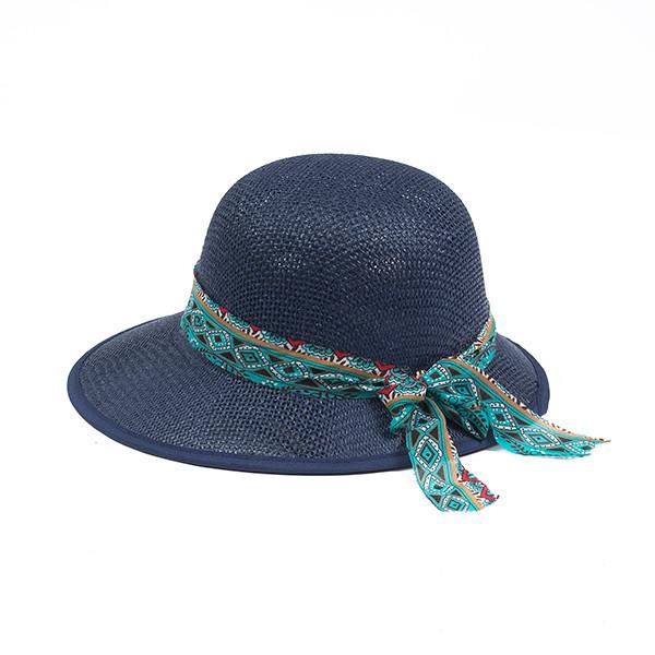 Темно синяя летняя шляпка из плетеной соломки