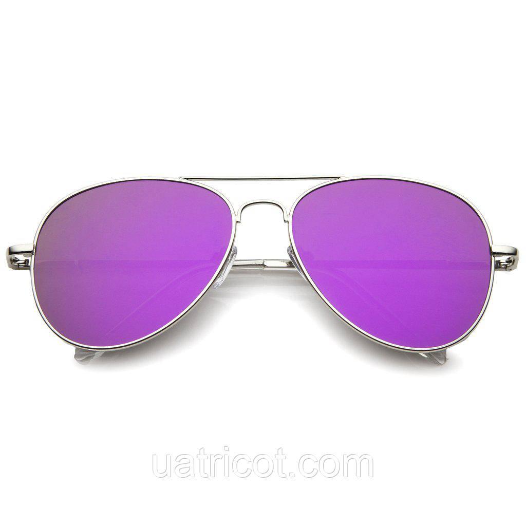Женские солнцезащитные очки авиаторы в серебряной оправе с пурпурной линзой