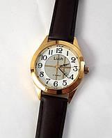 Часы Luch 125 механические с арабскими цифрами мужские на ремне круглые диаметр 3.8 см Беларусь