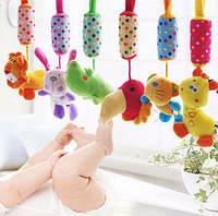 Подвесная развивающая игрушка с колокольчиком бочка