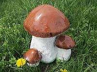Гриб белый с грибочками