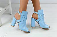 Женские кожаные босоножки на удобном каблуке 38