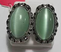 Серьги Луиза из серебра с зеленым улекситом кошачий глаз