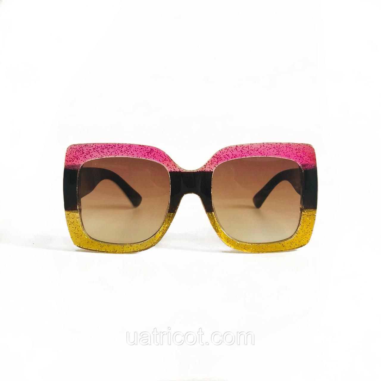 Женские квадратные солнцезащитные очки Oversize в розовой оправе
