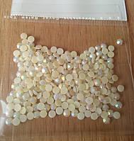 Стразы акриловые 3 мм (250 шт в упаковке)