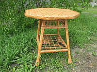 Стол плетенный