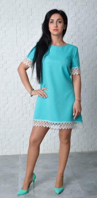 Короткое молодежное платье бирюзового цвета (размер 46)