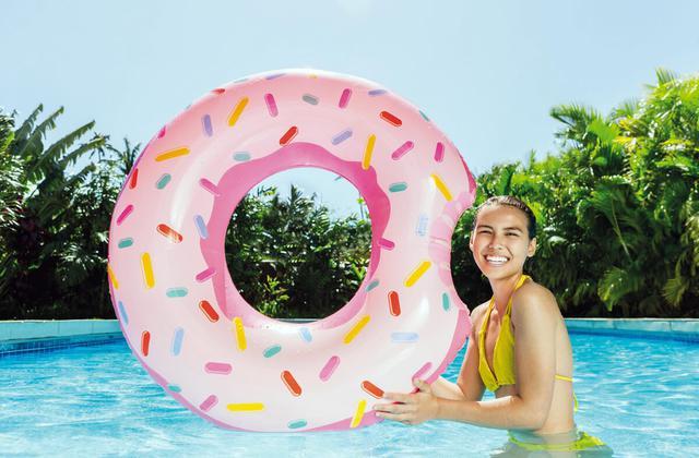 Круг надувной Пончик надкушенный Intex 56265