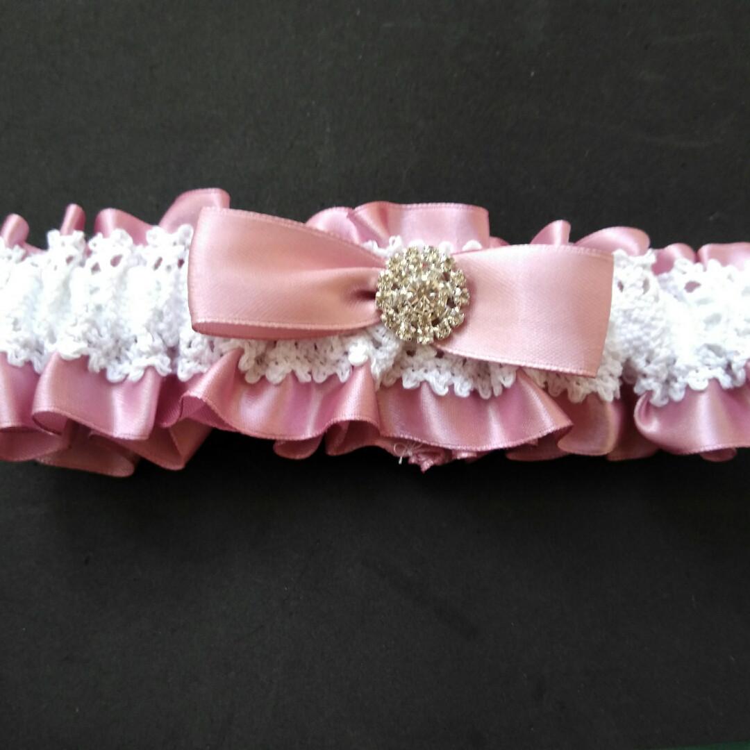 Свадебная подвязка для невесты пудровая ТЮ78