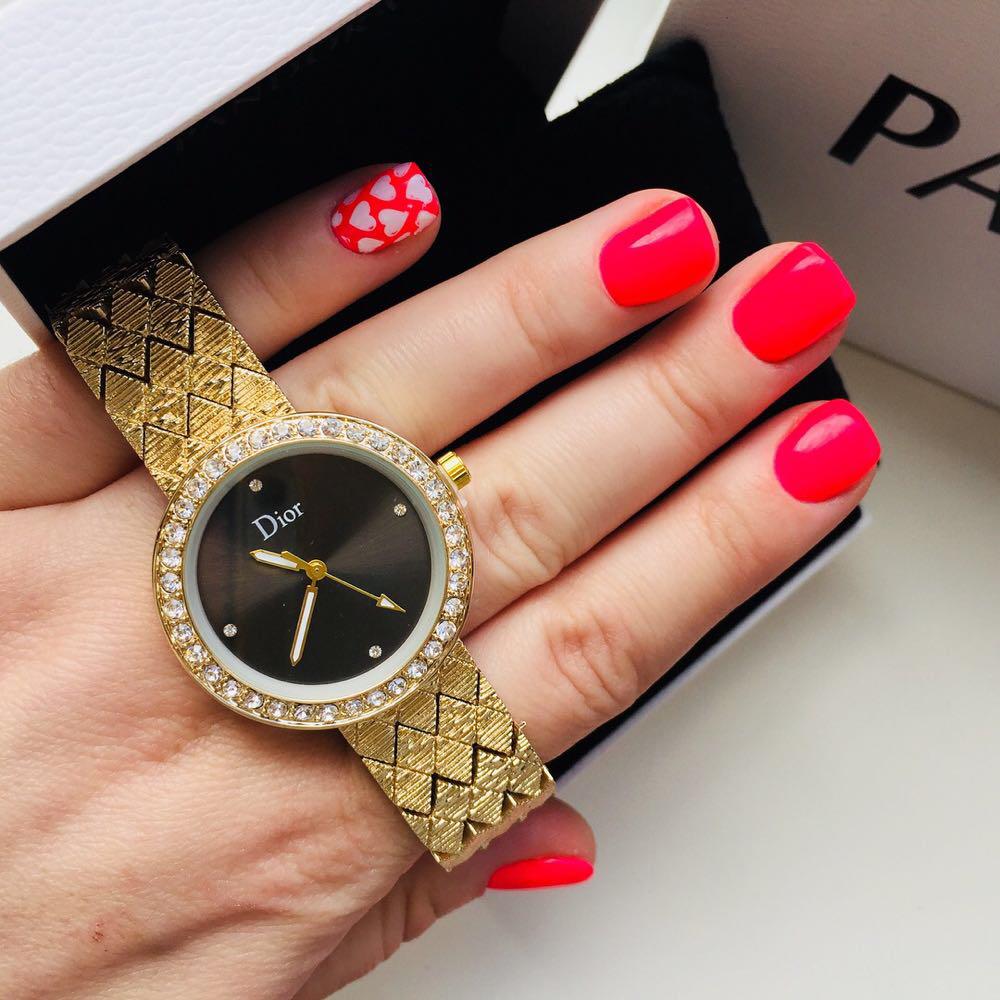 Женские металлические часы Dior