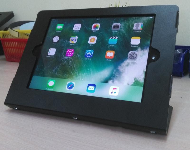 Настольная подставка для Ipad Air. Черная