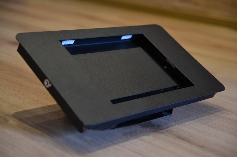 Кронштейн-корпус для планшета Digma 9.7 с замком