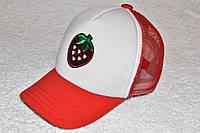 Кепка красная с пайетками клубничка, фото 1