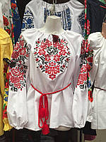 Платье женское вышитое с красивым цветочным узором