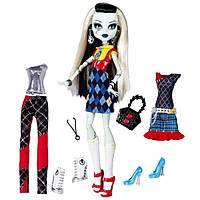"Monster High Кукла Фрэнки Штейн из серии ""Я люблю моду"" Frankie Stein I Love Fashion Doll"