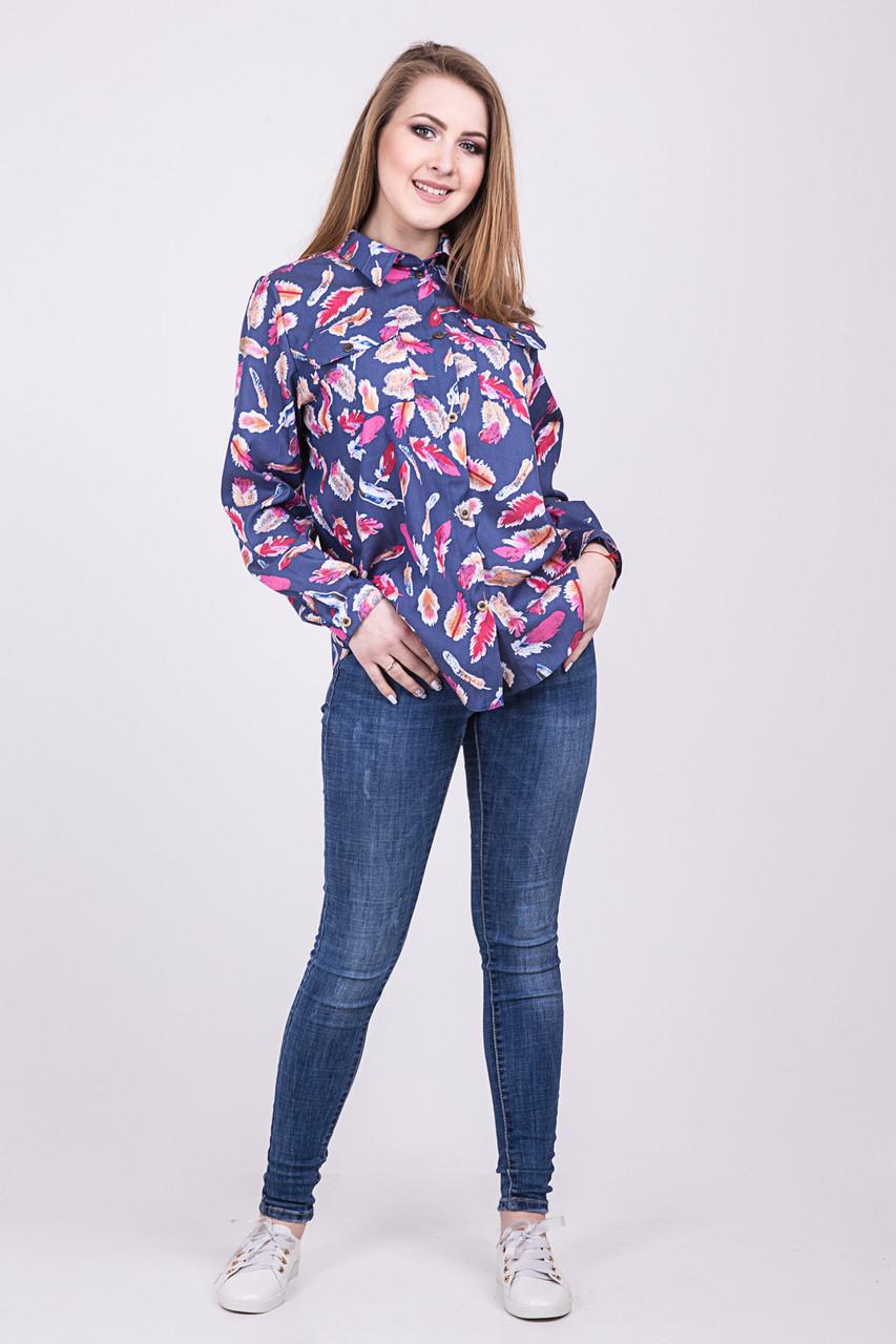 Синяя женская рубашка с принотом
