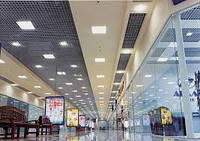 LED освещение в торговом зале.jpg