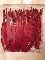 Перо гуся цветное, окрашенное ,цвет красный, длинна 17-20см