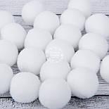 Помпоны  белого цвета  средние 20 мм (Польша), упаковка 10 шт, фото 2
