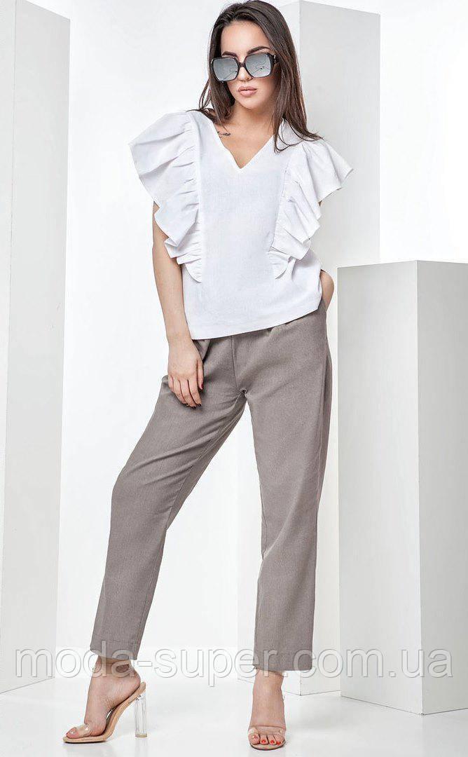 Стильный летний костюм с брюками