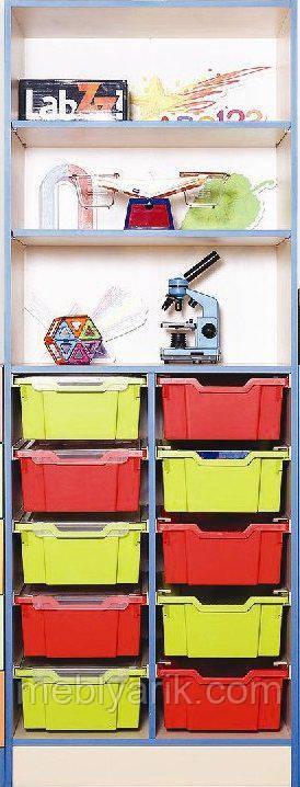Шкаф открытый с пластиковыми ящиками