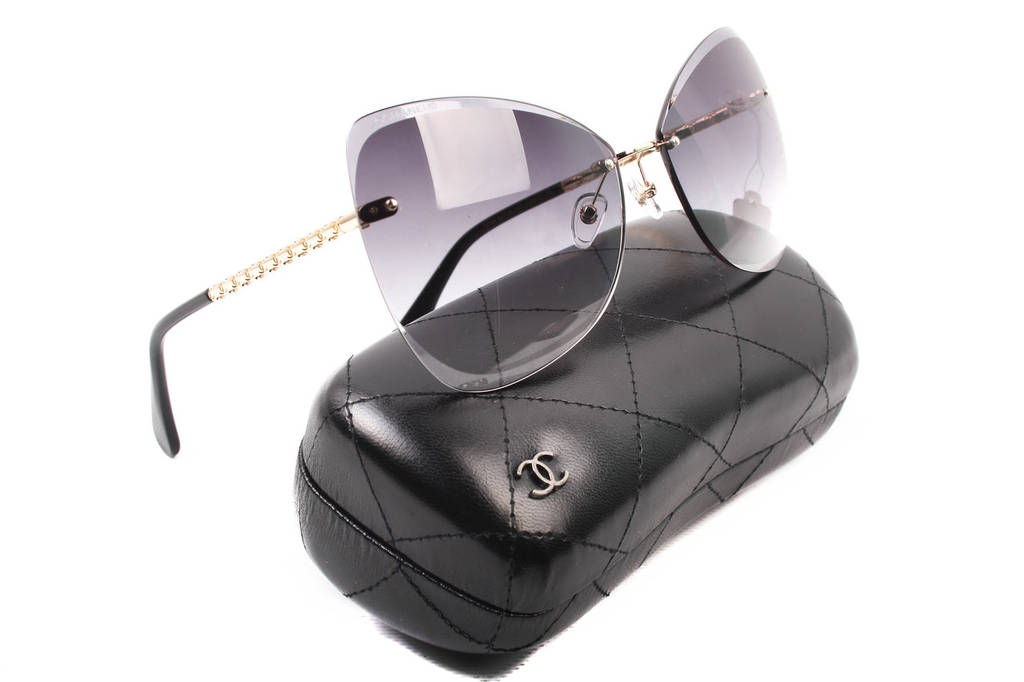 Очки солнцезащитные женские Chanel стильные