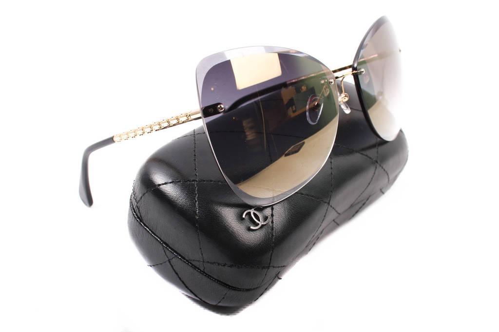 Очки солнцезащитные Chanel женские стильные