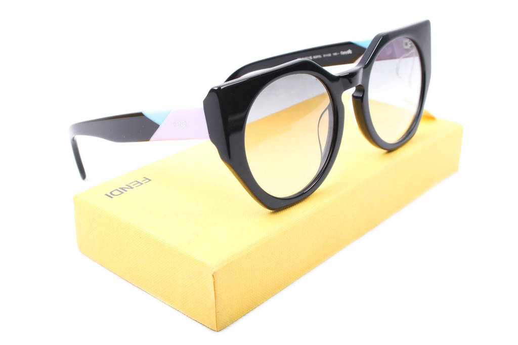 Очки солнцезащитные Fendi женские элегантные