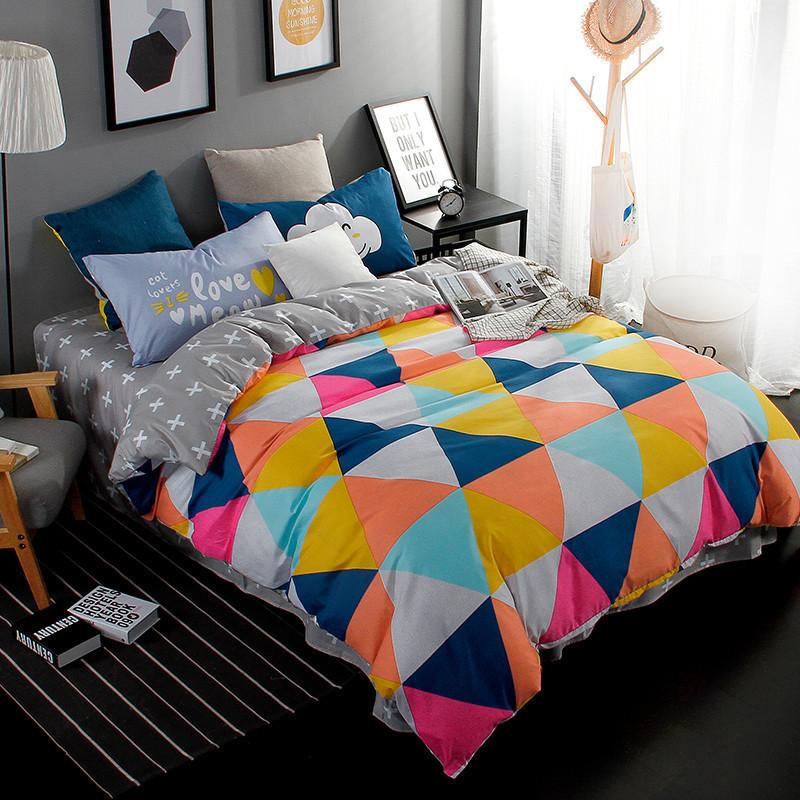 Разноцветный комплект постельного белья  Треугольники (полуторный)