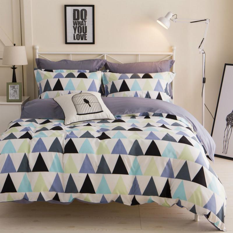 Полуторный комплект постельного белья Серые треугольники