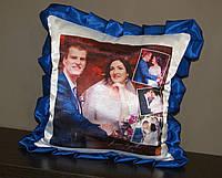 Подушка с синими рюшками, фото 1
