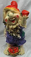 Фигурка декоративная Гном с клубникой 49 см