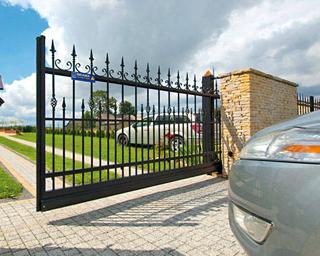 Красивые откатные ворота