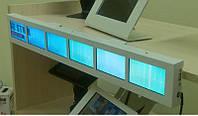 Широкий рекламный экран на полку для розничной торговли