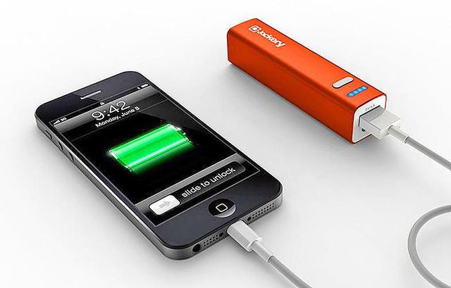 Как выбрать портативную зарядку для iPhone