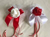 Розы с лентой украшение на ручку свадебного автомобиля