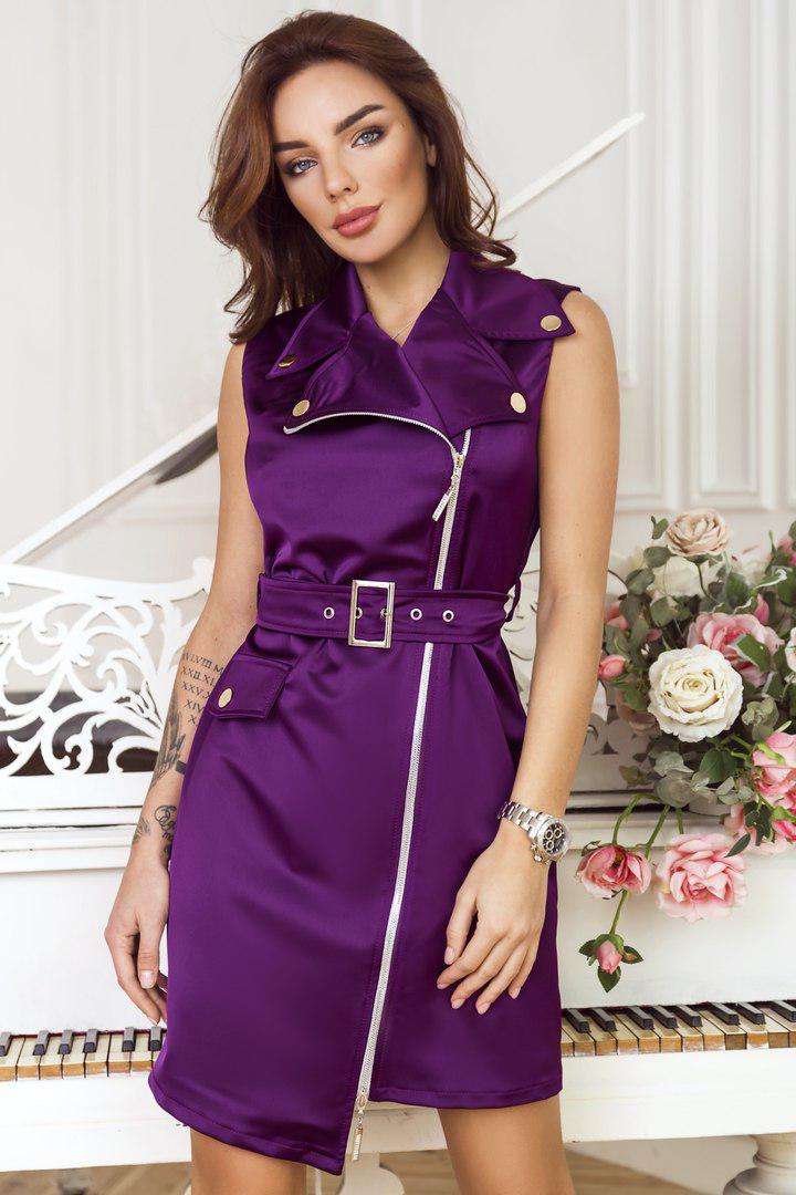 Эротическая фотосессия в шелковом платье