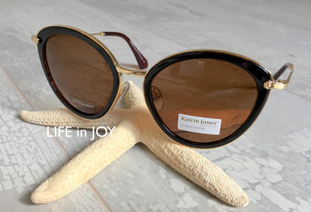 Солнцезащитные очки в подарок